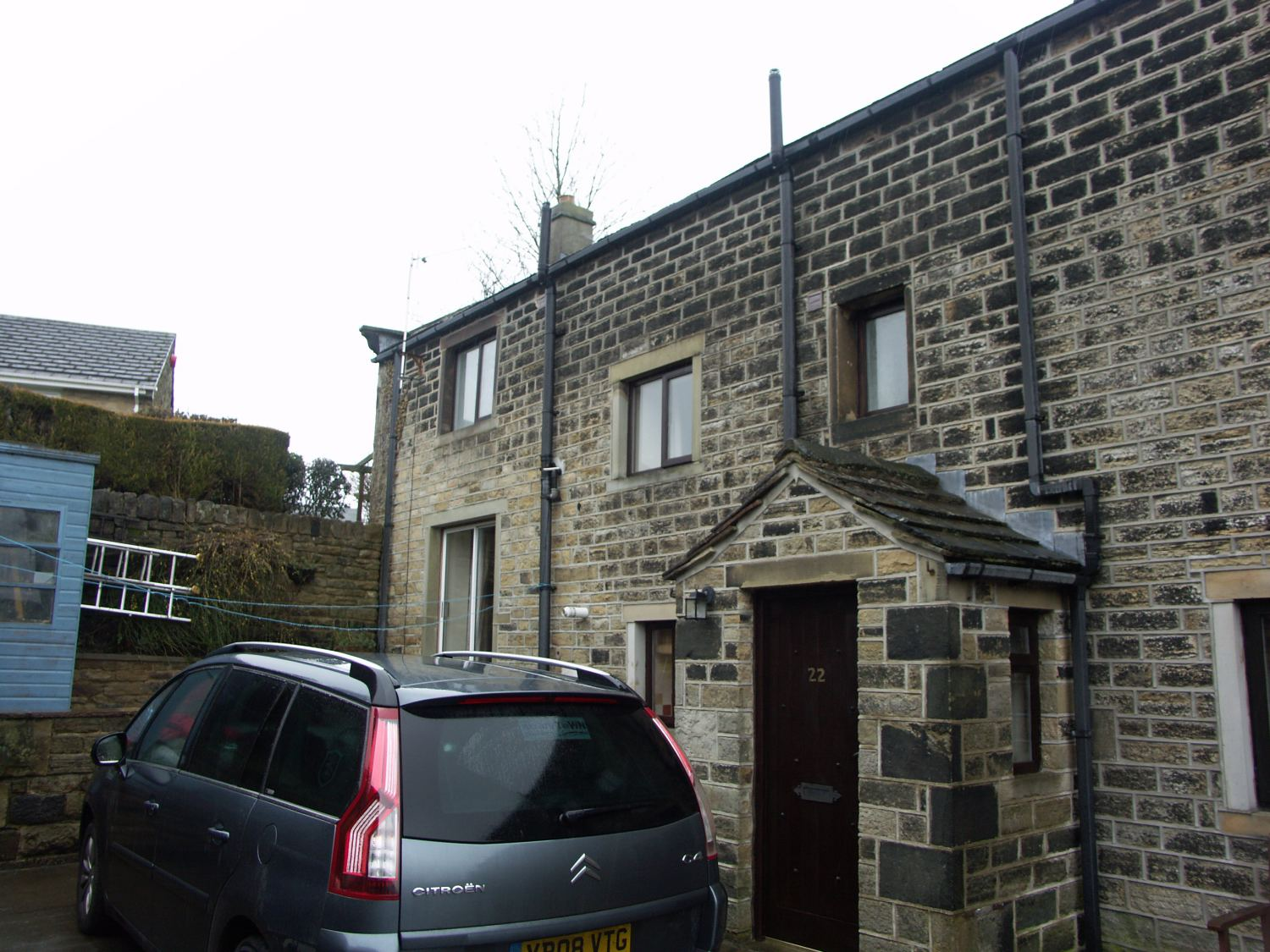 22 St Georges Road, Scholes, Holmfirth, HD9 1UQ