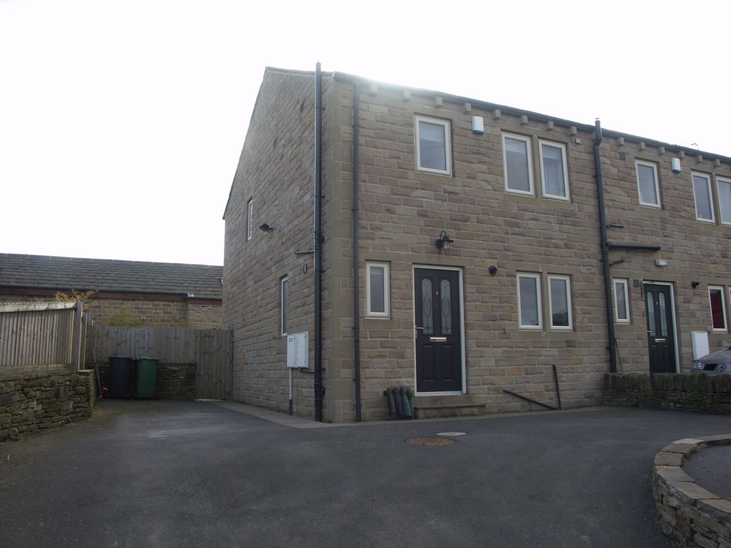 3 Botany Lane, Lepton, HD8 0NE