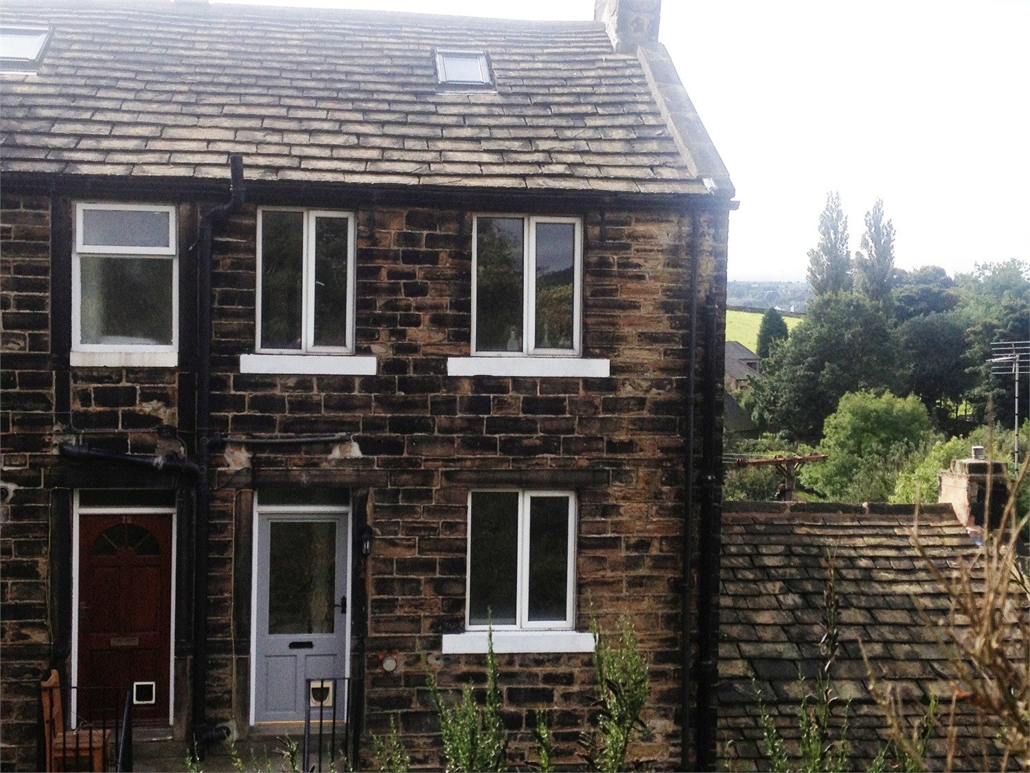 74 Sude Hill, New Mill,  Holmfirth, HD9 7ER