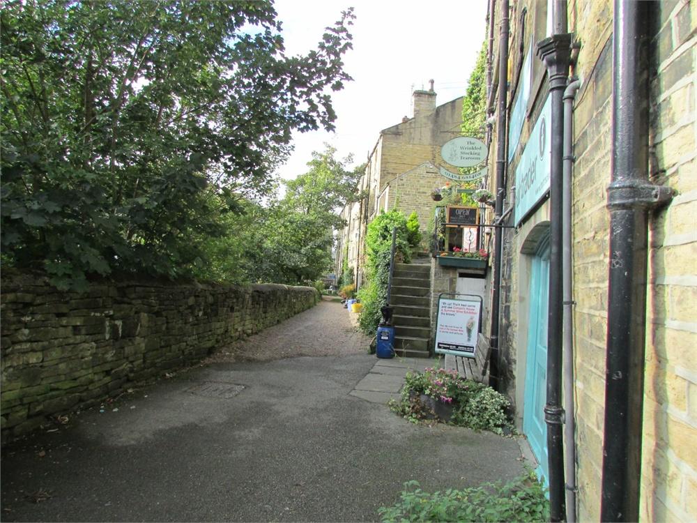 Huddersfield Road,