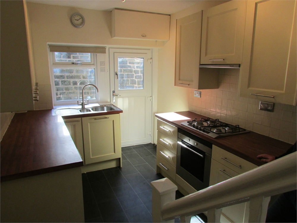 Sude Hill Cottage, Penistone Road, New Mill, HD9 7BT