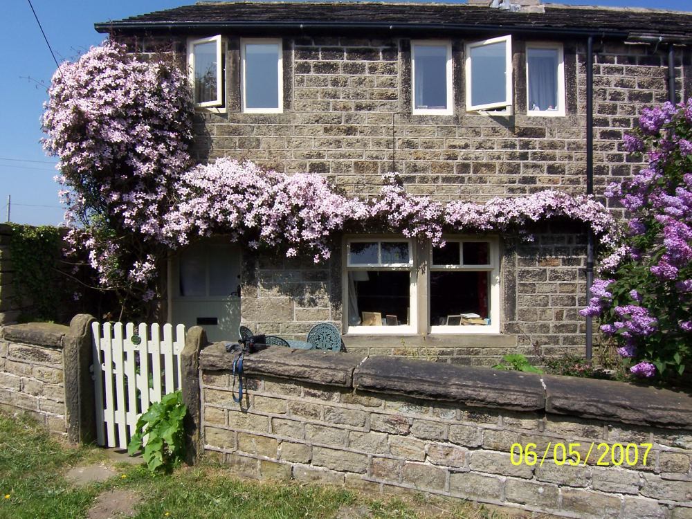 44 Upper Oldfield, Honley, HD9 6RL