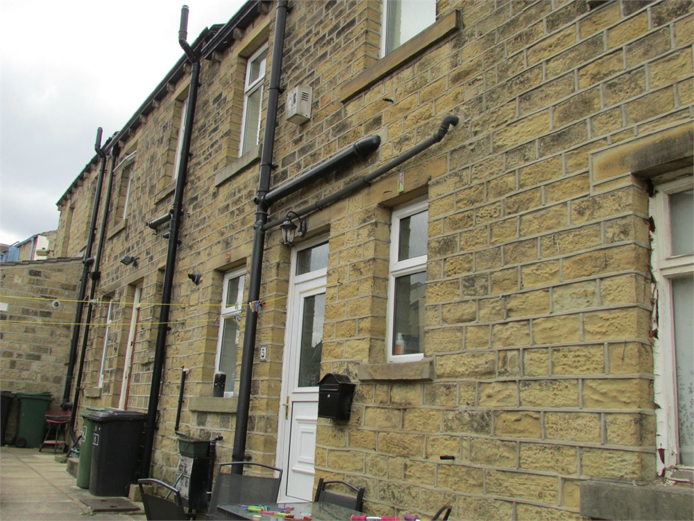 5 Meltham Road, Holmfirth, HD9 6DP