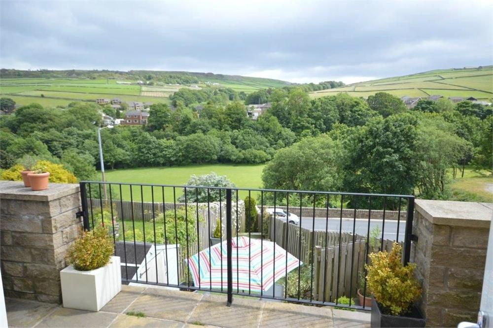 Moss Edge View, Holmfirth