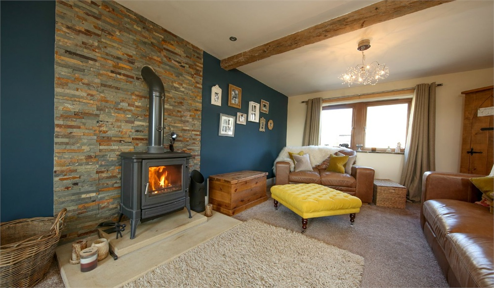 The Stables, Ford Court,  Holmfirth HD9 3YR