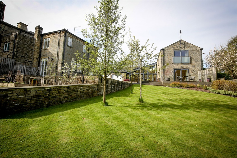 Hazeldene Barn and Cottage, Stoney Bank Lane, New Mill, Holmfirth, HD9 7LZ
