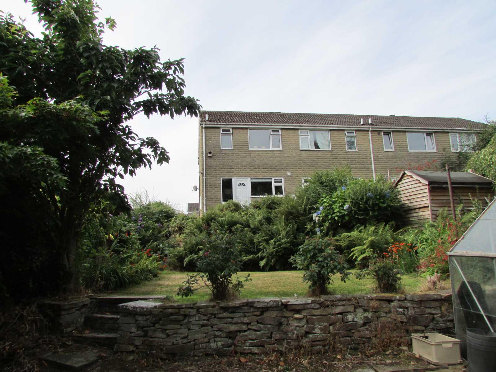 1 Broomhill Close Scholes, Holmfirth, HD9 1TX