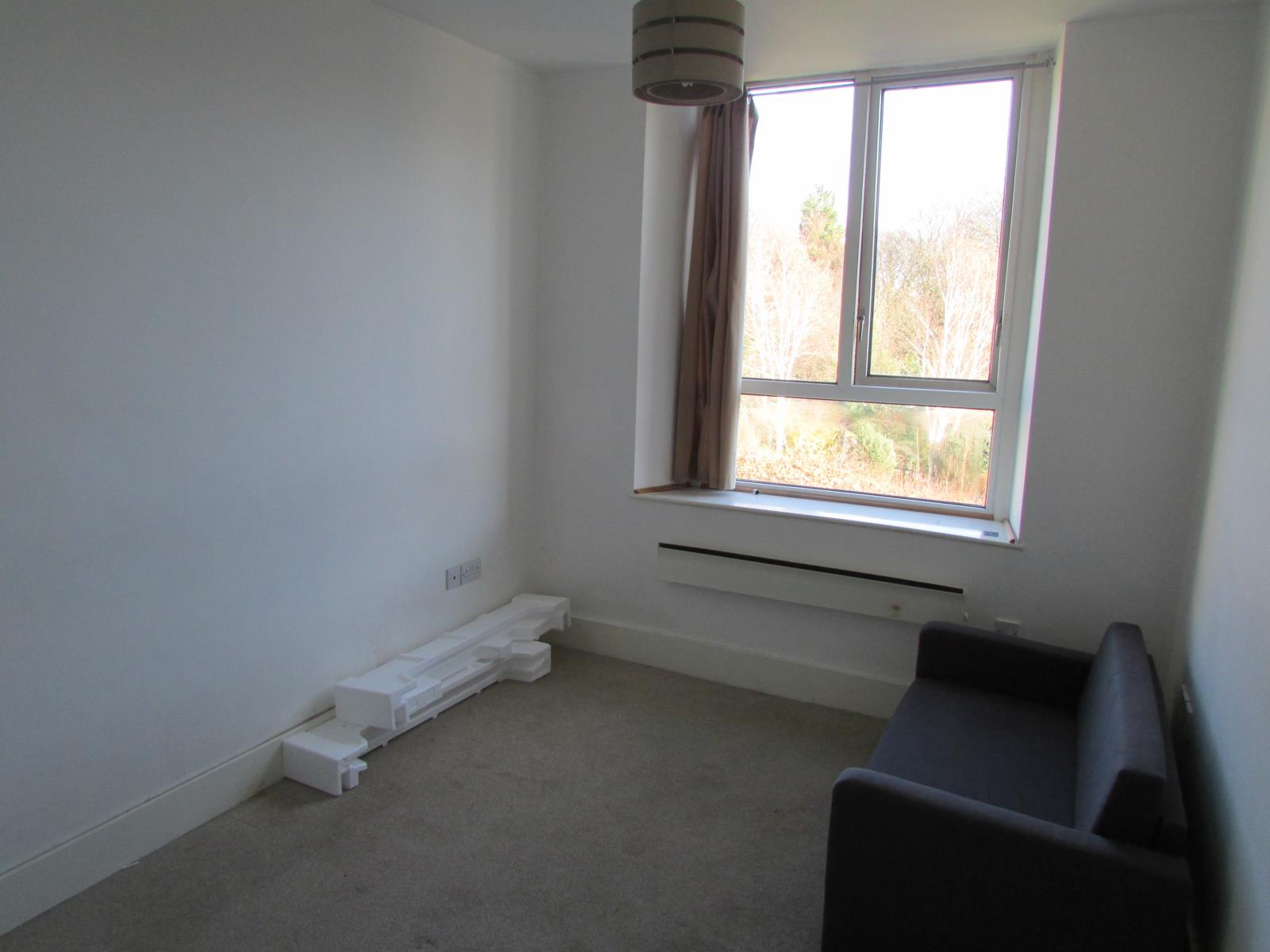 Apt 8 Riverside Court, Woodhead Road, Holmbridge, HD9 2AJ