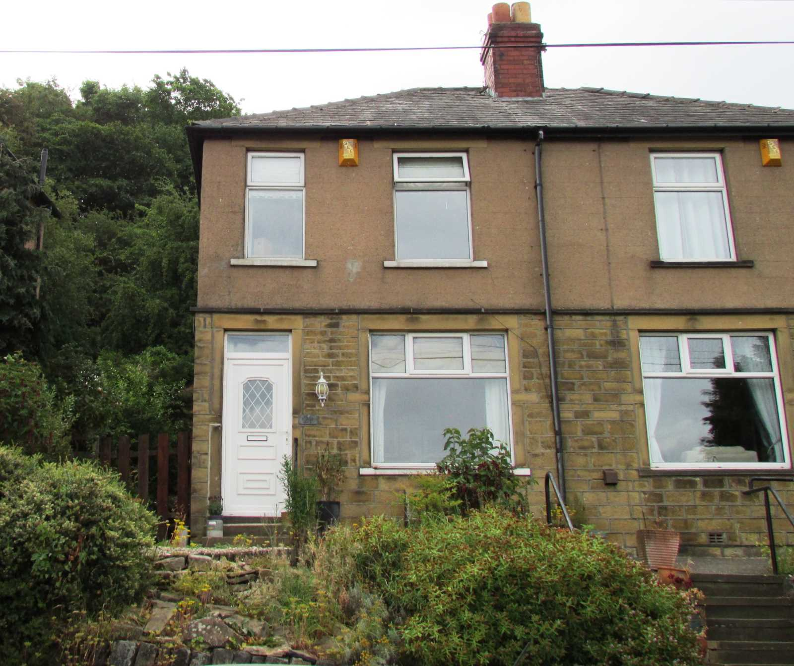 24 Forest Road, Almondbury HD5 8EU