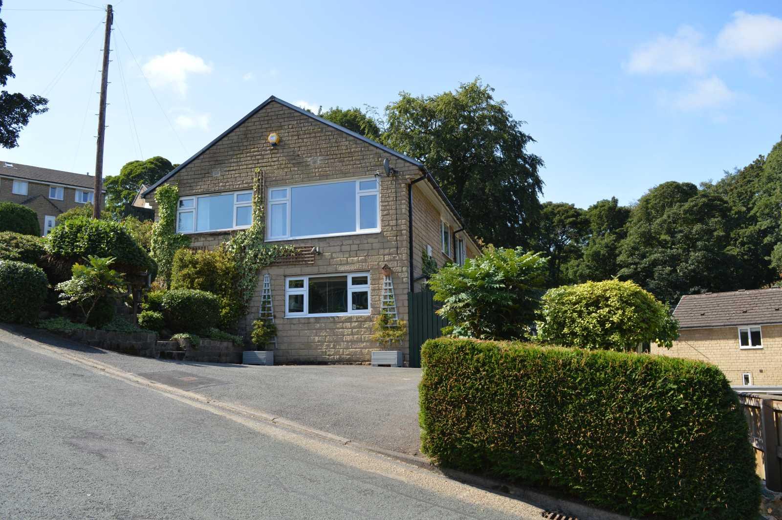 2 Bramley Close, New Mill, Holmfirth HD9 7NW