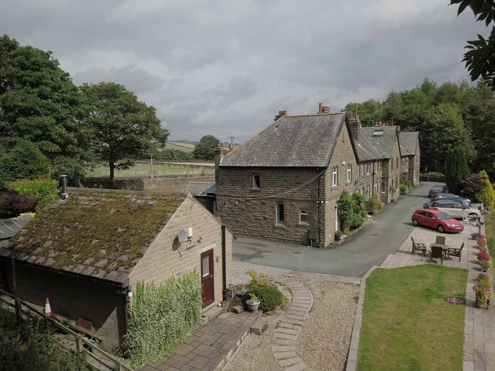 1 Wheat Close, Holmbridge, Holmfirth, HD9 2QL