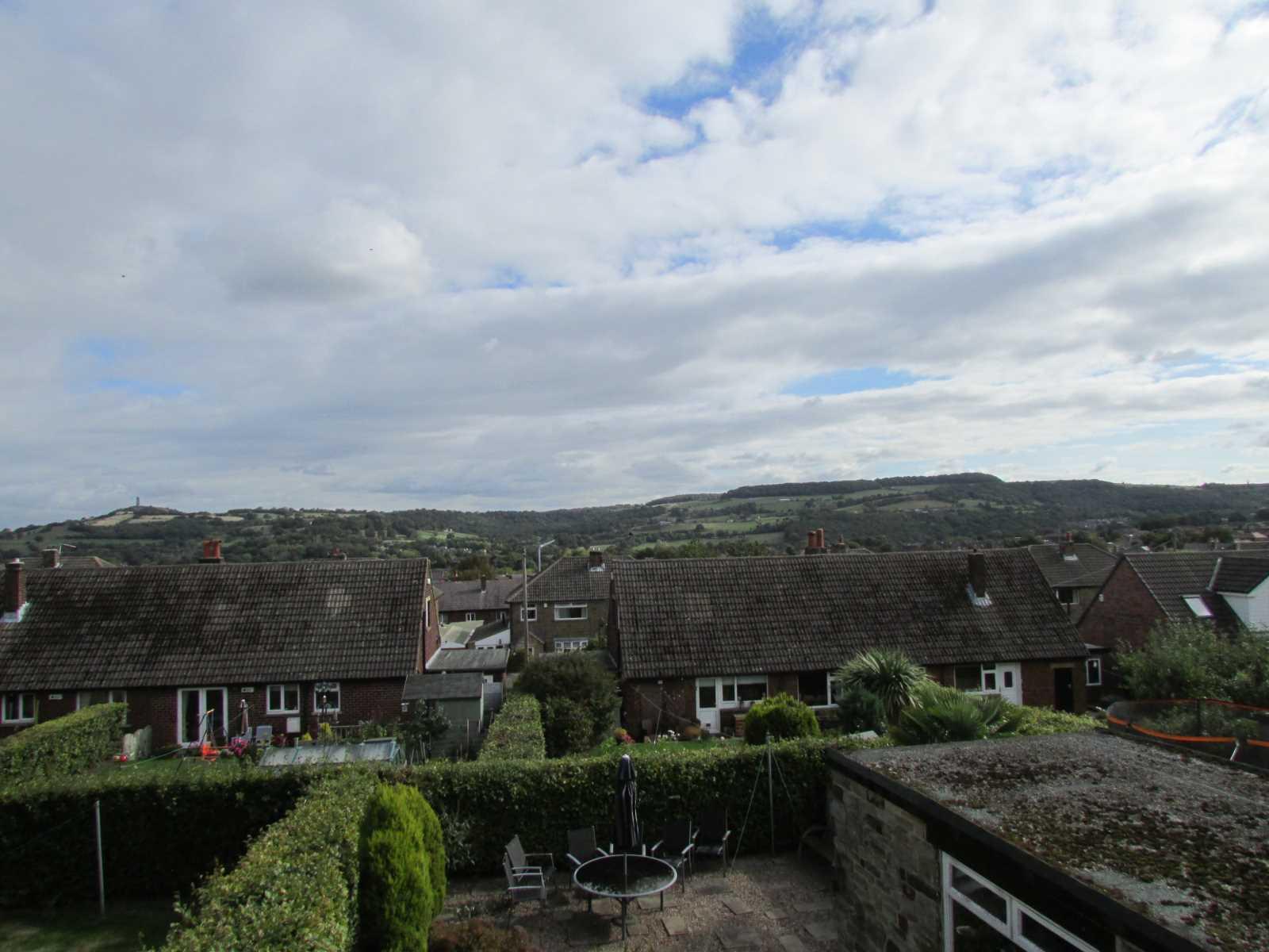 11 Moorside Honley, Holmfirth, HD9 6HR