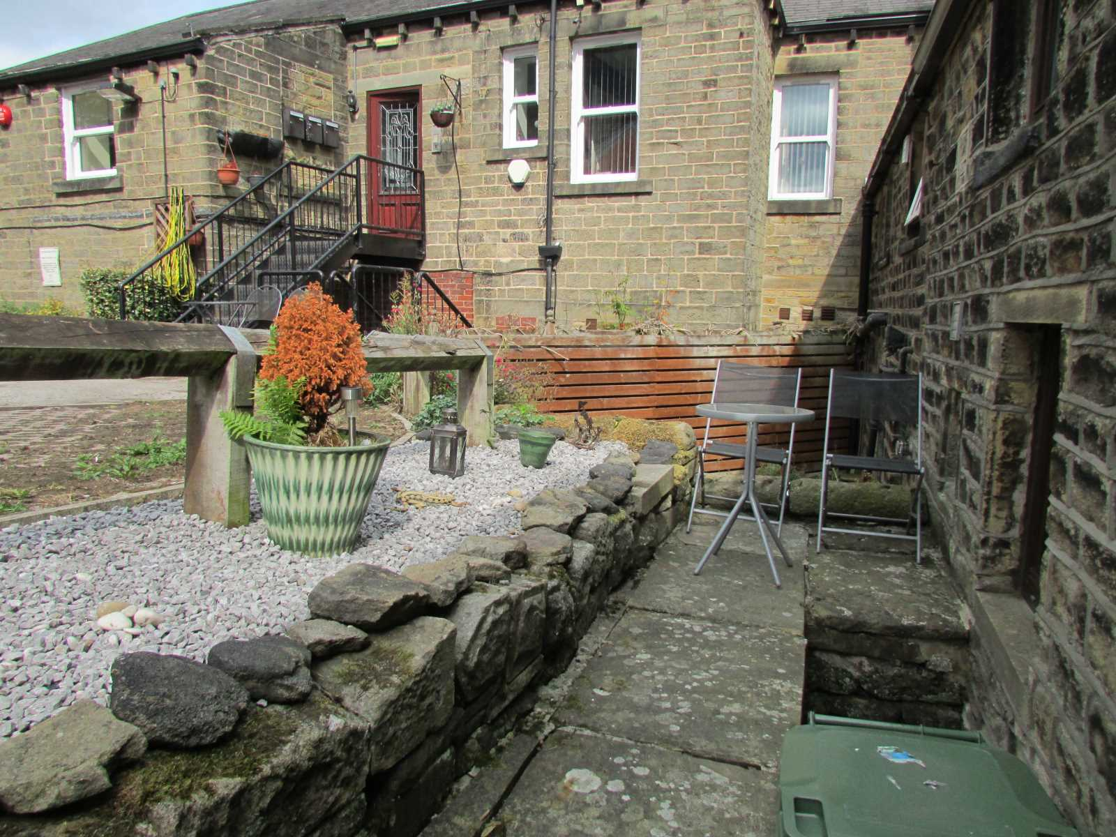 56 Wooldale Road, Wooldale, Holmfirth, HD9 1QJ