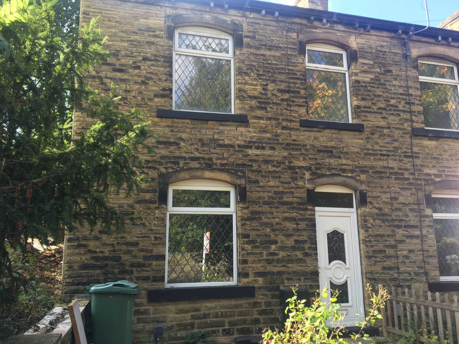 44 Wood Lane, Newsome, Huddersfield, HD4 6PU
