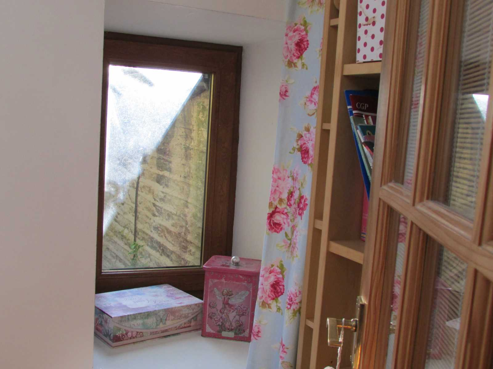 The Cottage Ben Kaye Row, Holmfirth, HD9 1EF