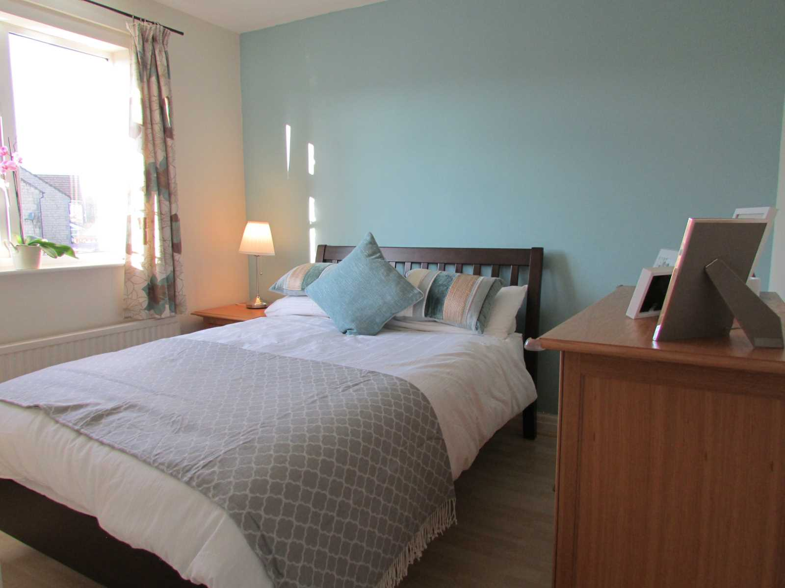 6 Lavender Court, Netherton, Huddersfield, HD4 7LW