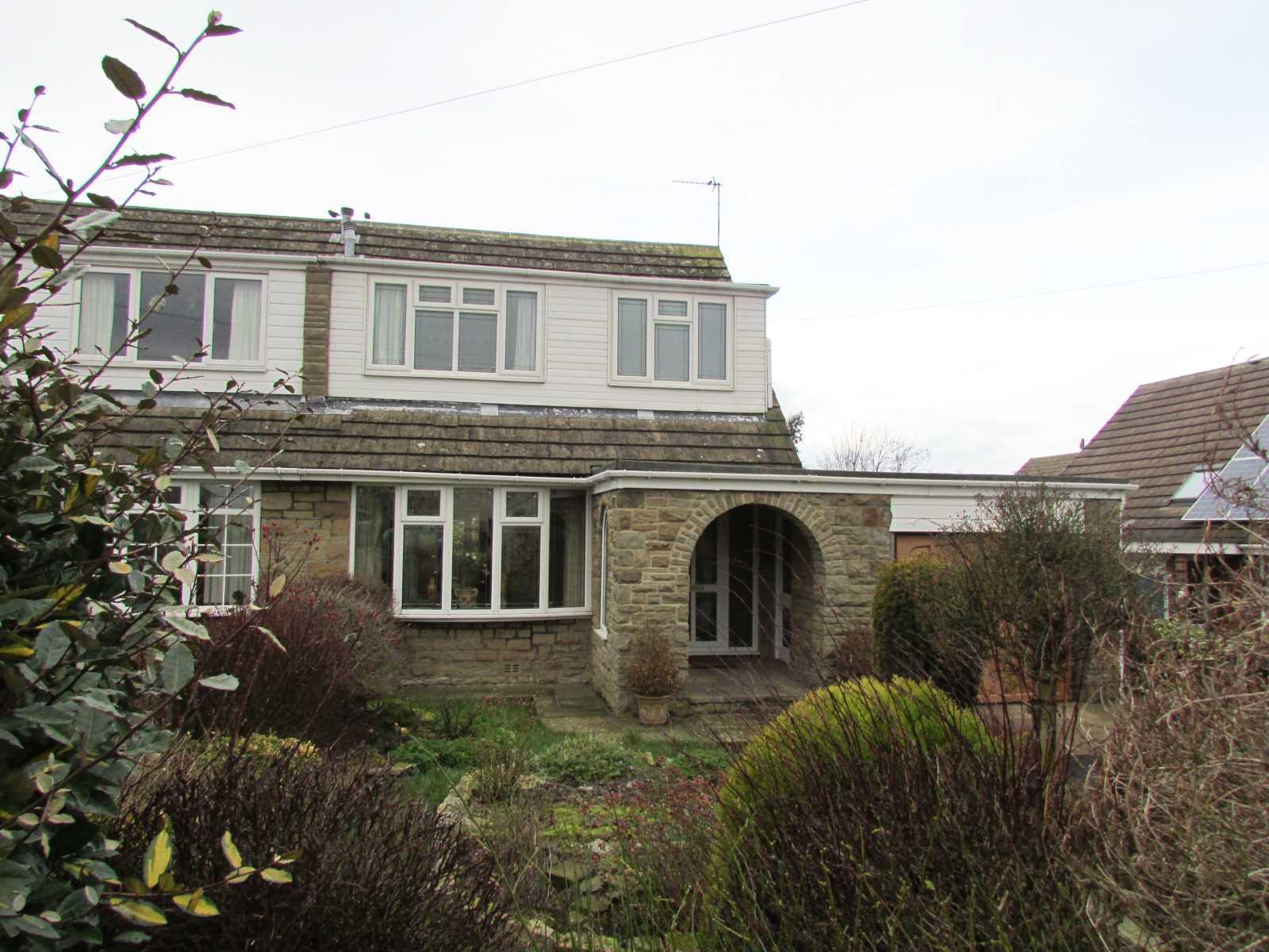 12 Denby Park Drive Grange Moor, Wakefield, WF4 4EE