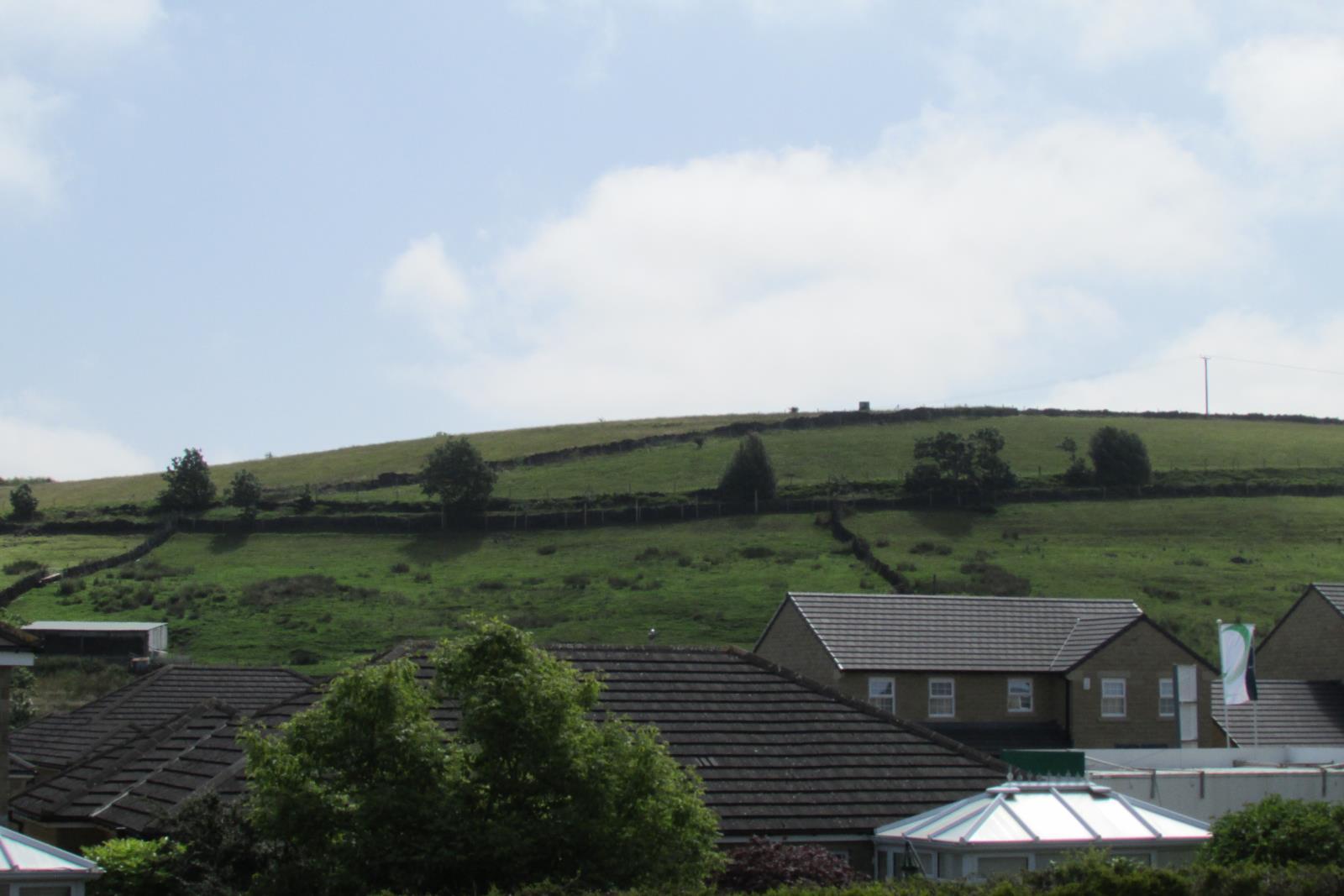 3 Roaine Drive, Cinderhills, Holmfirth, West Yorkshire HD9 1EX