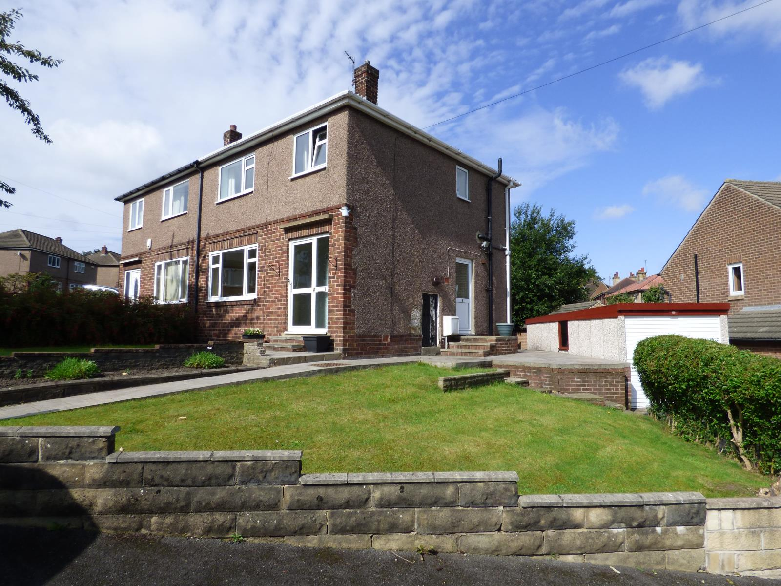 Mountfield Avenue, Waterloo, Huddersfield, HD5