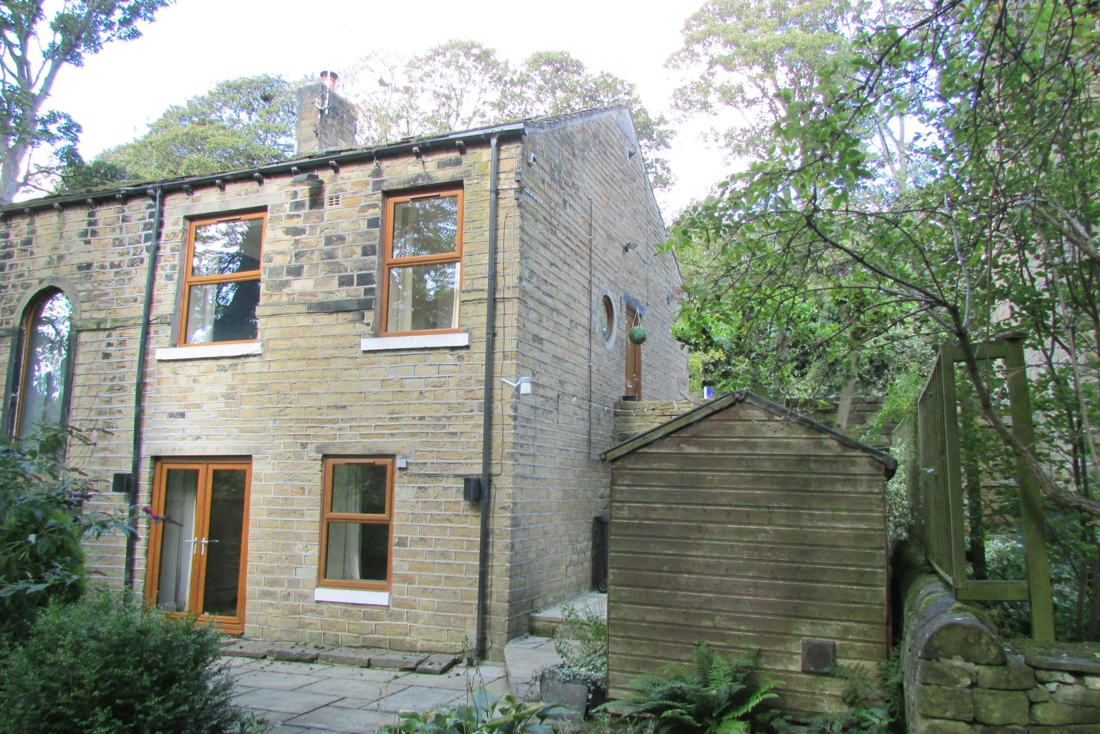 6 North Road, Kirkburton, Huddersfield HD8 0PA